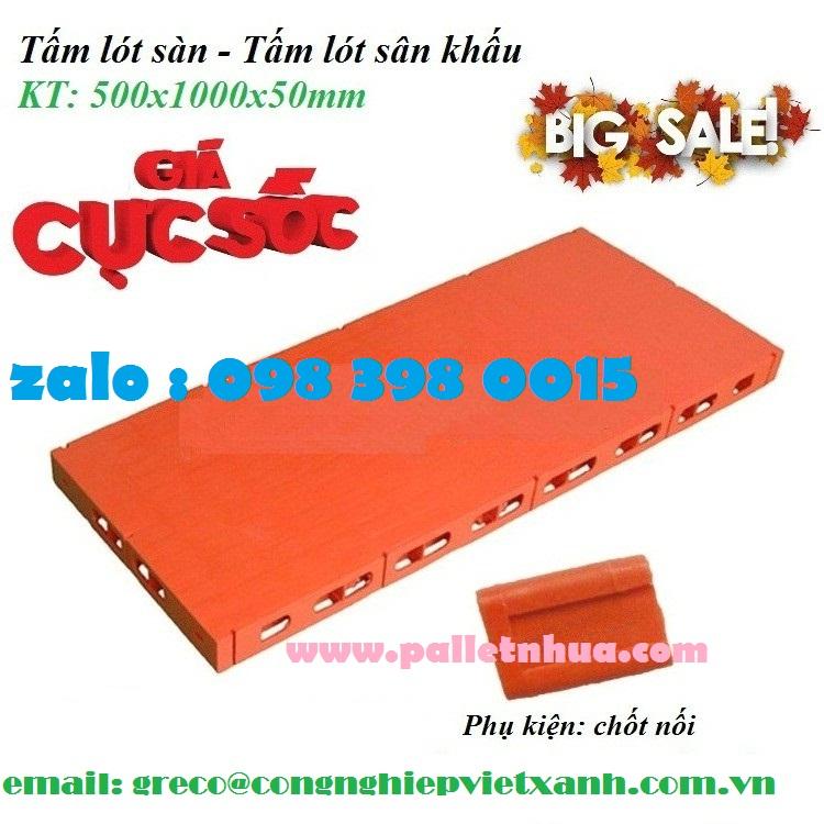 tấm lót sàn nhựa sử dụng được 1 mặt,nhẵn và kín