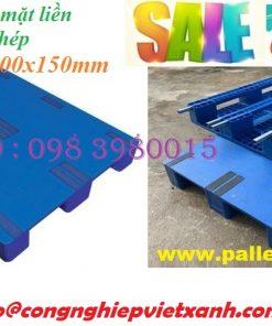 Pallet nhựa có lõi sắt